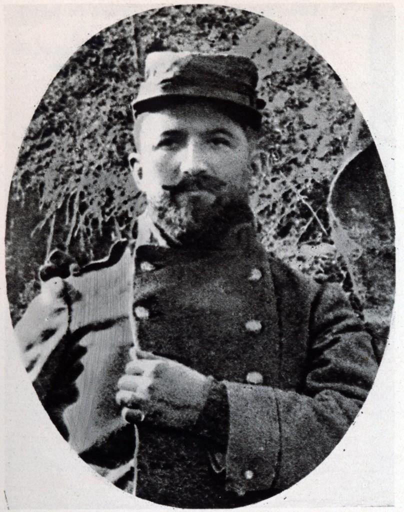 """Dobrovolník Karel Bezdíček, praporečník roty """"Nazdar"""", zůstal nezvěstný po bitvě u Arrasu dne 9. května 1915"""